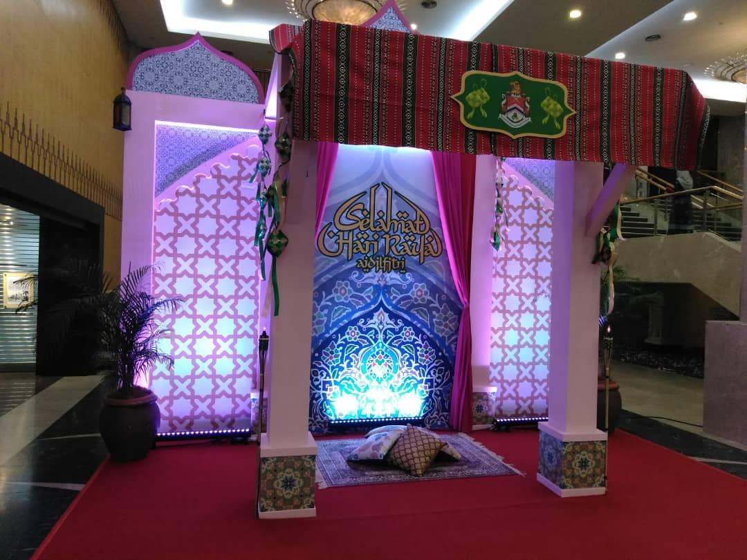 Photobooth Decor Raya DBKL