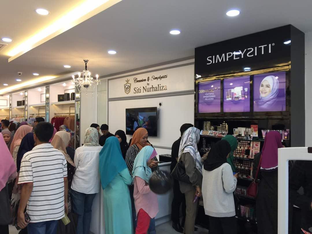 Creacion & Simplysiti by Siti Nurhaliza, Bangi