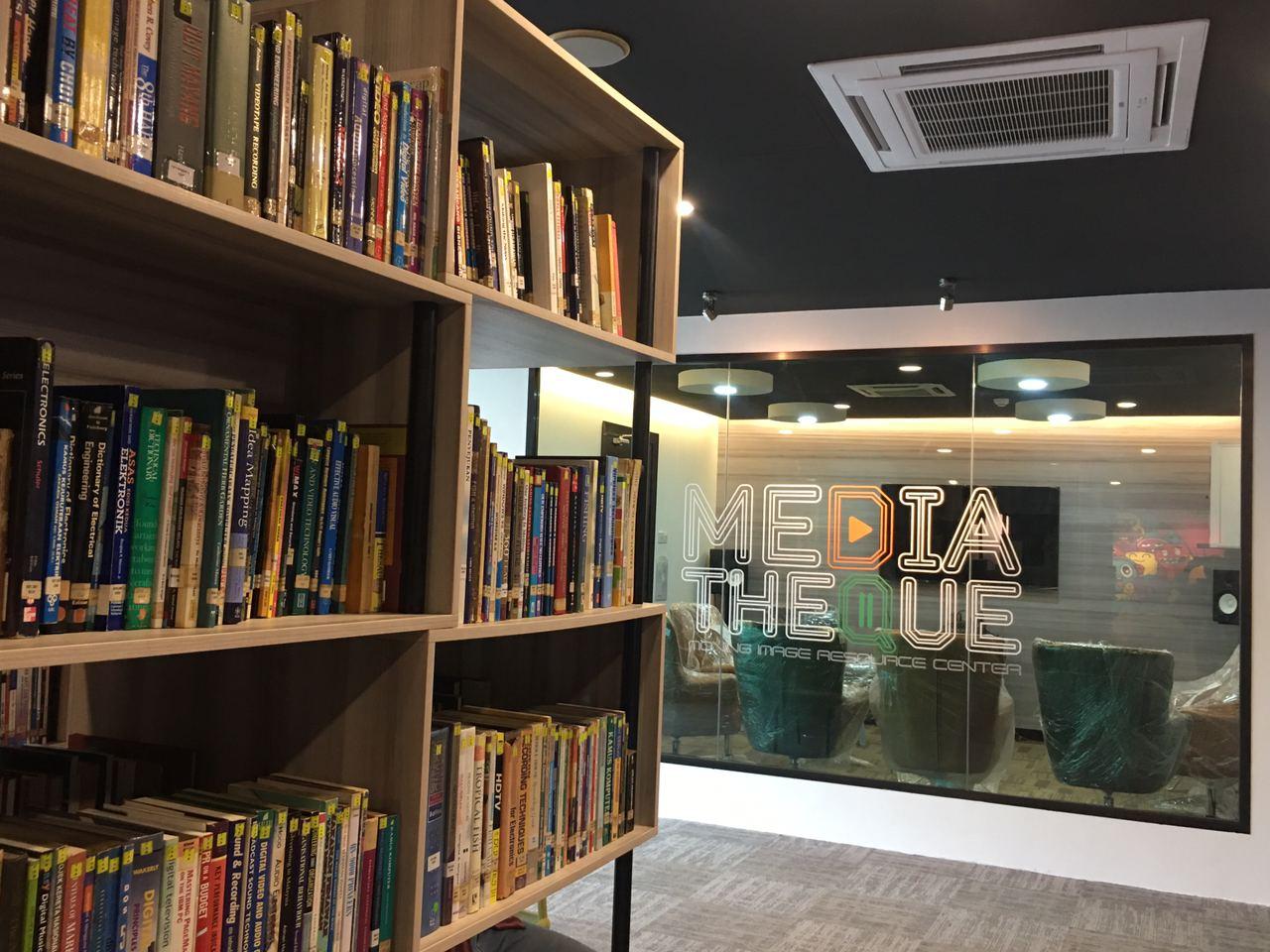 FINAS Mediatheque